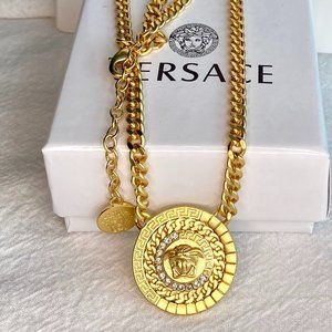 ⭐Versace⭐ Face the necklace